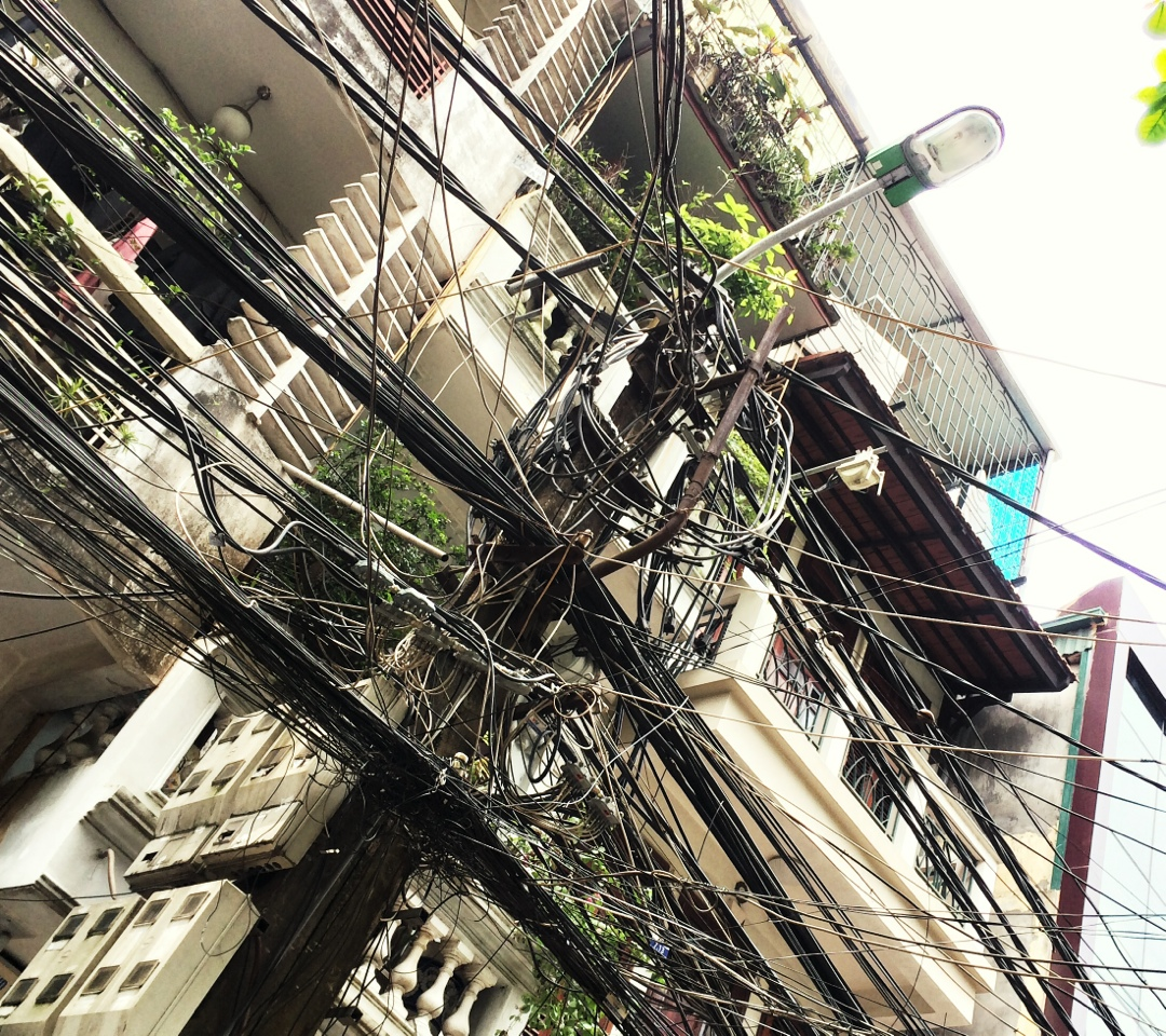 cable mess in hanoi old quarters