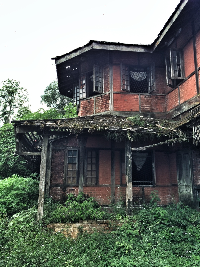 abandoned estate in colonial hill station